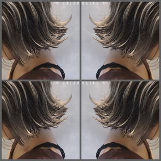 バレイヤージュ ゆるふわ ウェーブ ボブ ヘアスタイルや髪型の写真・画像