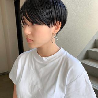 ベリーショート 刈り上げショート ショート ナチュラル ヘアスタイルや髪型の写真・画像