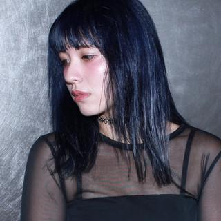 ミディアム 外ハネ ストリート アッシュ ヘアスタイルや髪型の写真・画像
