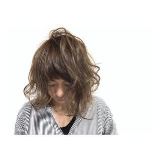 大人かわいい ボブ アッシュベージュ ナチュラル ヘアスタイルや髪型の写真・画像