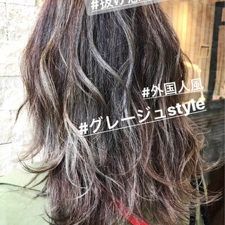 ハイライト ラフ アウトドア ストリート ヘアスタイルや髪型の写真・画像