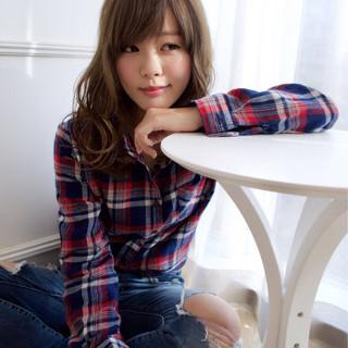 ニュアンス アッシュ 大人女子 小顔 ヘアスタイルや髪型の写真・画像