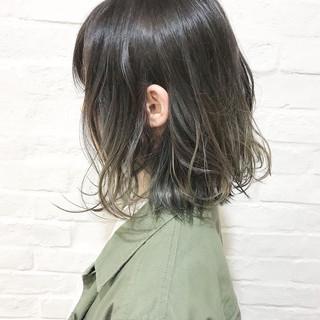 グラデーションカラー ボブ 暗髪 ナチュラル ヘアスタイルや髪型の写真・画像