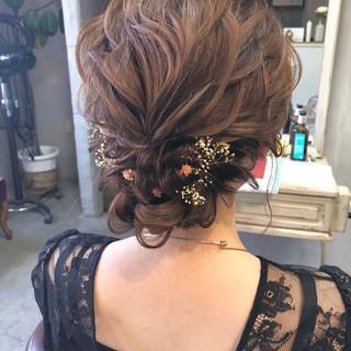 ヘアアレンジ セミロング 上品 結婚式 ヘアスタイルや髪型の写真・画像