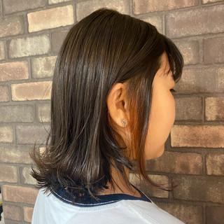 ナチュラル 透明感 インナーカラー 外ハネボブ ヘアスタイルや髪型の写真・画像