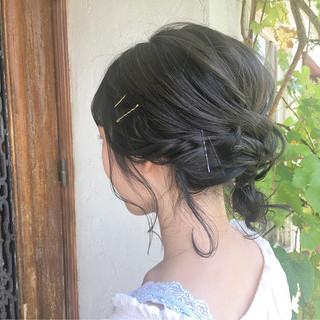 暗髪 透明感 セミロング 簡単ヘアアレンジ ヘアスタイルや髪型の写真・画像
