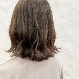 切りっぱなしボブ アンニュイほつれヘア ボブ 透明感カラー ヘアスタイルや髪型の写真・画像