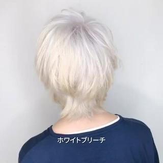 ストリート ホワイトブリーチ ホワイトアッシュ ウルフカット ヘアスタイルや髪型の写真・画像