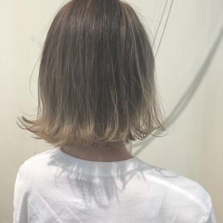 切りっぱなし 外ハネ ボブ 透明感 ヘアスタイルや髪型の写真・画像