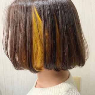 ミニボブ ボブ インナーカラー ナチュラル ヘアスタイルや髪型の写真・画像