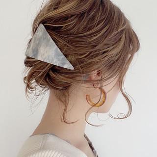 簡単ヘアアレンジ ナチュラル アップ アップスタイル ヘアスタイルや髪型の写真・画像