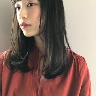 大人女子 パーマ 黒髪 セミロング ヘアスタイルや髪型の写真・画像