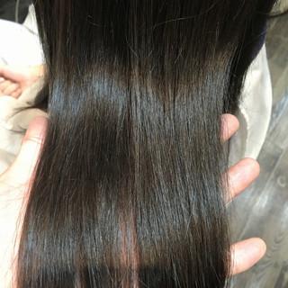 暗髪 外国人風カラー アッシュグレー グレーアッシュ ヘアスタイルや髪型の写真・画像