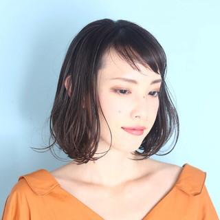 切りっぱなしボブ イルミナカラー ショートボブ ミニボブ ヘアスタイルや髪型の写真・画像