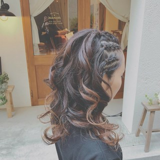 フェミニン ゆるふわ 大人かわいい デート ヘアスタイルや髪型の写真・画像