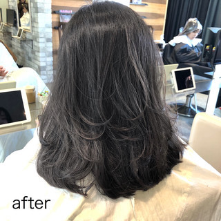 セミロング ナチュラル グレージュ 髪質改善 ヘアスタイルや髪型の写真・画像