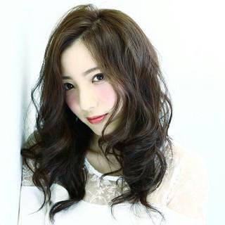 大人かわいい フェミニン パーマ セミロング ヘアスタイルや髪型の写真・画像