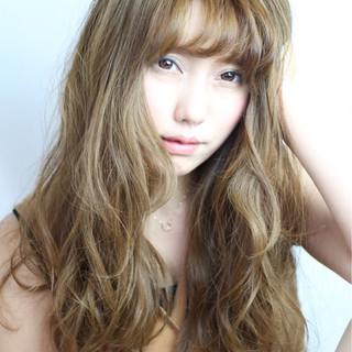 渋谷系 ウェーブ 外国人風 ガーリー ヘアスタイルや髪型の写真・画像