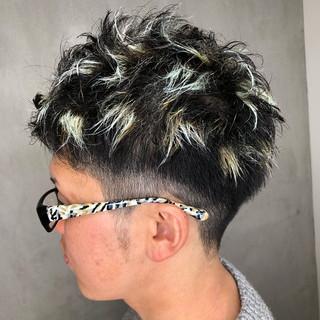 ハイライト グラデーションカラー ホワイトアッシュ ストリート ヘアスタイルや髪型の写真・画像