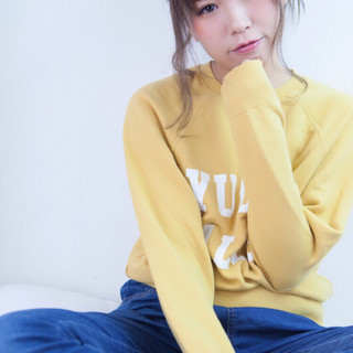 フェミニン アッシュ 冬 ヘアアレンジ ヘアスタイルや髪型の写真・画像