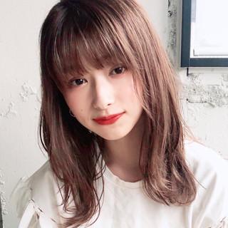 大人かわいい ミディアム フェミニン デジタルパーマ ヘアスタイルや髪型の写真・画像