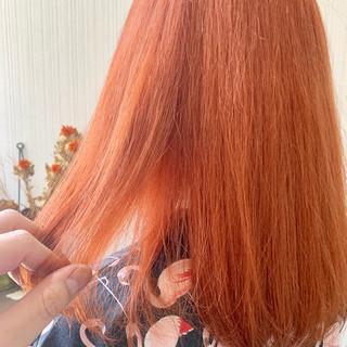 簡単ヘアアレンジ 韓国ヘア インナーカラーオレンジ ミディアム ヘアスタイルや髪型の写真・画像