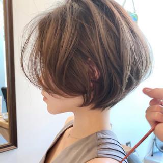 パーマ オフィス 簡単ヘアアレンジ ショート ヘアスタイルや髪型の写真・画像