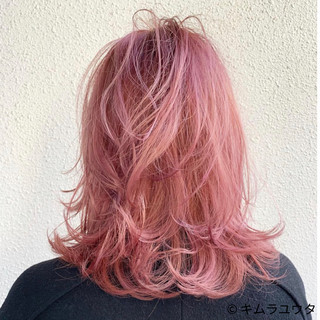 ミディアム レイヤーカット カラーバター ピンク ヘアスタイルや髪型の写真・画像
