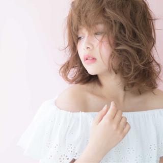 ミディアム 簡単 色気 ボブ ヘアスタイルや髪型の写真・画像