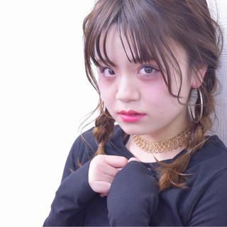 簡単ヘアアレンジ ミディアム ガーリー ヘアアレンジ ヘアスタイルや髪型の写真・画像
