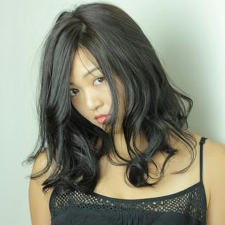 くせ毛風 アッシュ ブラウンベージュ ナチュラル ヘアスタイルや髪型の写真・画像
