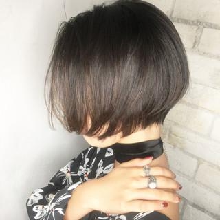 ショート 暗髪 外国人風 大人かわいい ヘアスタイルや髪型の写真・画像