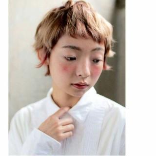 ストリート ショート 卵型 外国人風 ヘアスタイルや髪型の写真・画像