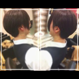 ベリーショート 髪質改善トリートメント ショート ナチュラル ヘアスタイルや髪型の写真・画像