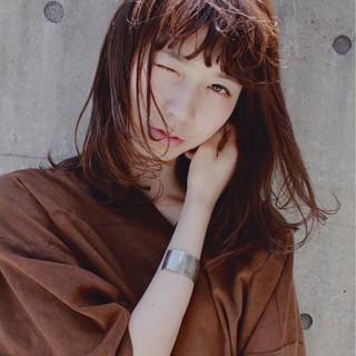 前髪あり ピュア モード 暗髪 ヘアスタイルや髪型の写真・画像