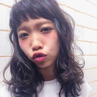 セミロング 外国人風 ガーリー デート ヘアスタイルや髪型の写真・画像