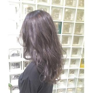ゆるふわ 暗髪 外国人風 ロング ヘアスタイルや髪型の写真・画像