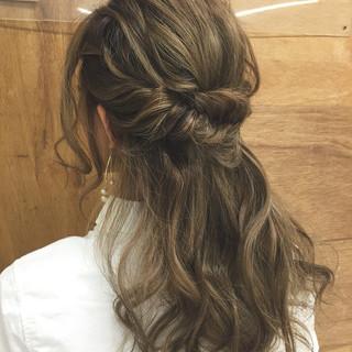 簡単ヘアアレンジ ショート ロング ゆるふわ ヘアスタイルや髪型の写真・画像