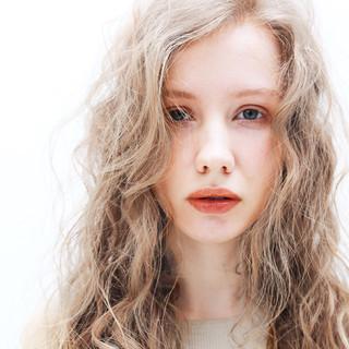 デート ロング 簡単ヘアアレンジ 外国人風 ヘアスタイルや髪型の写真・画像