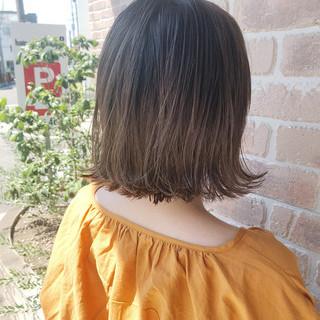 オフィス 簡単ヘアアレンジ ナチュラル ヘアアレンジ ヘアスタイルや髪型の写真・画像
