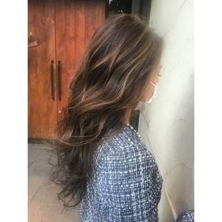 ロング ゆるふわ ブラウン ハイライト ヘアスタイルや髪型の写真・画像