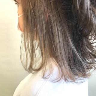 インナーカラーパープル ミディアム 透明感カラー インナーカラー ヘアスタイルや髪型の写真・画像