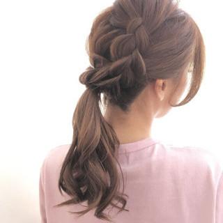 ヘアアレンジ ポニーテール フェミニン 簡単ヘアアレンジ ヘアスタイルや髪型の写真・画像