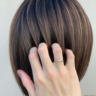 ボブ 外国人風 グラデーションカラー 大人ハイライト ヘアスタイルや髪型の写真・画像