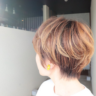 マッシュショート ショートヘア ベリーショート ショート ヘアスタイルや髪型の写真・画像