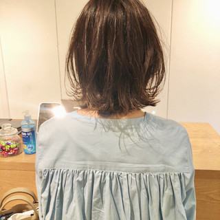 ボブ 切りっぱなしボブ レイヤーカット フェミニン ヘアスタイルや髪型の写真・画像