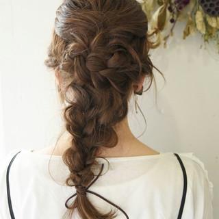ショート 簡単ヘアアレンジ ナチュラル 編み込み ヘアスタイルや髪型の写真・画像
