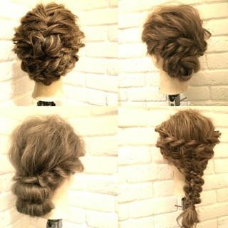 簡単ヘアアレンジ ヘアアレンジ セミロング 大人かわいい ヘアスタイルや髪型の写真・画像