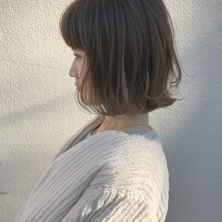 切りっぱなし ハイライト ナチュラル こなれ感 ヘアスタイルや髪型の写真・画像