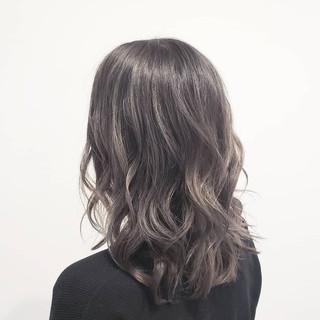ロング ハイライト 艶髪 透明感 ヘアスタイルや髪型の写真・画像